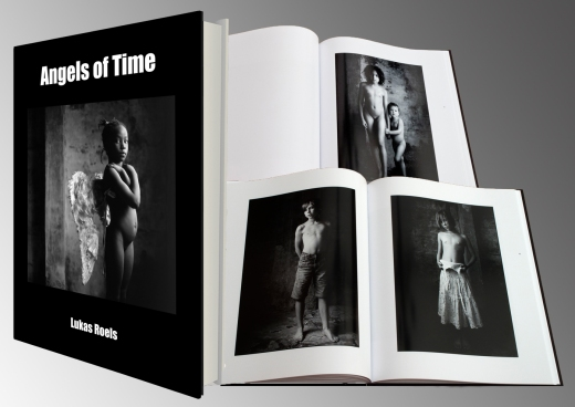 Boek 'Angels of Time'
